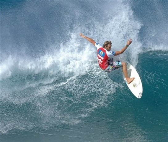 Pipeline Masters Surfing